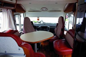 hymer-b-starline-690-interior