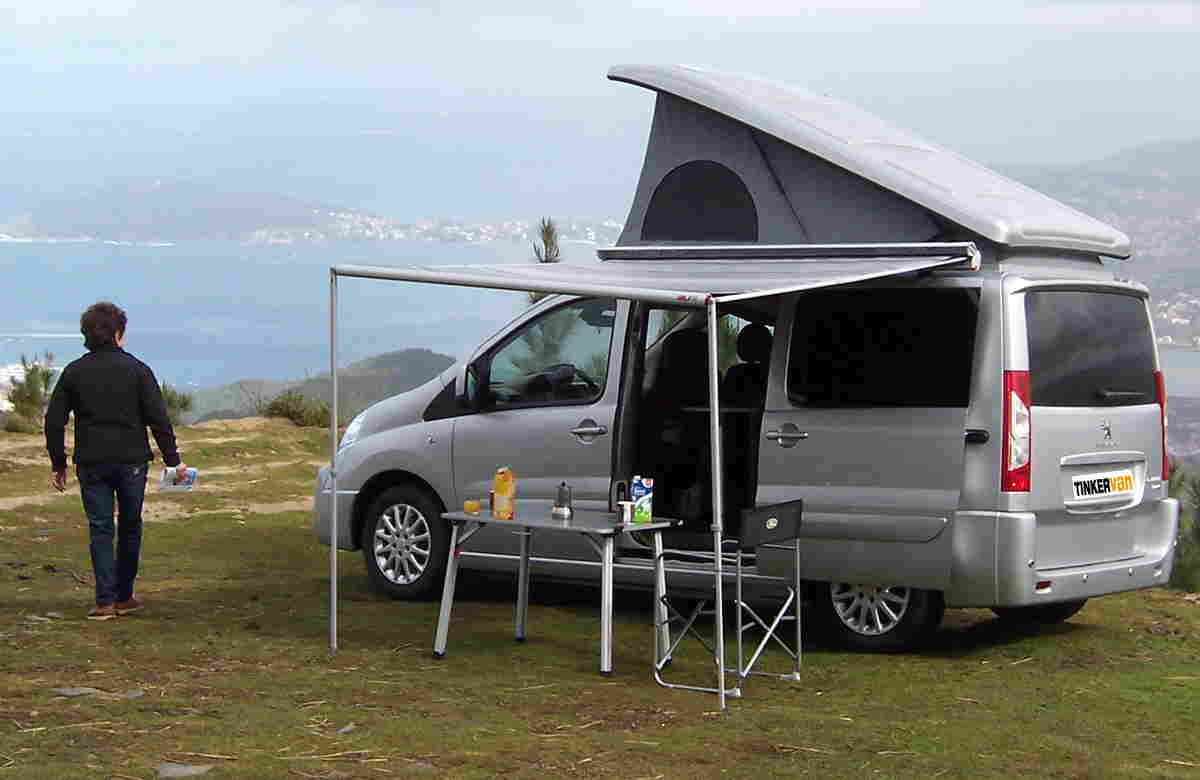 Un Camper Con La Funcionalidad De Un Turismo Autocaravanas
