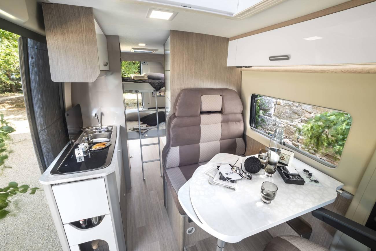 interior challenger v114max